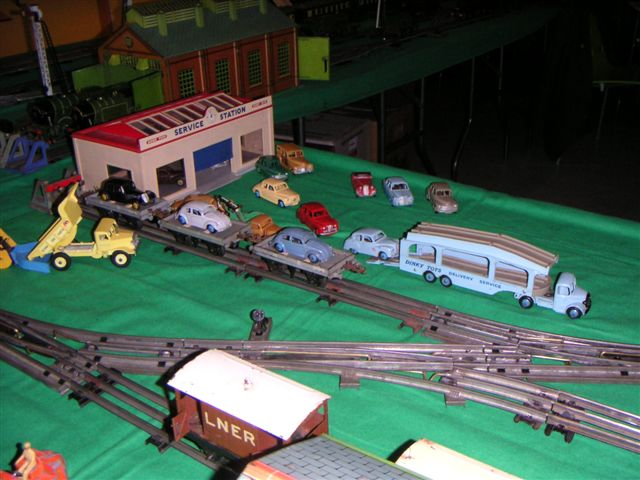 Dinky Toys Garage